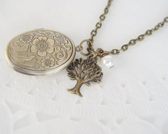 Photo Locket Necklace  Locket Pendant  Family Tree Locket Family Tree Necklace Mother Grandmother Tree Charm Necklace Oval  Bronze Locket