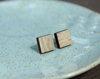 Medium Square Wood Studs