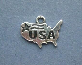5 USA Charms - USA Pendants - America Charms - Patriotic Charms - Antique Silver- 15mm x 18mm -- (No.137-11180)