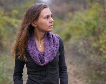 Crochet lilac cowl scarf snood, crochet violet cowl, purple cowl snood, crochet snood, womens snood