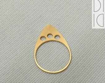 crown ring #2 / 3 dots