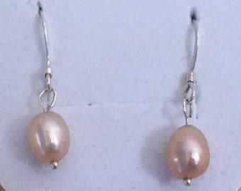 Handmade pearl Sterlingsilver earrings