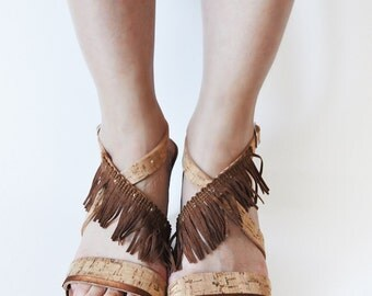 LAST PIECE OFFER! No. 39 - Leather platform sandals with cork and fringes