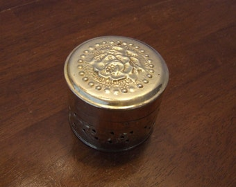 Vintage Round Brass Hinged Trinket Box, Punched Tin Jewelry Box, Small Hinged Metal Box, Made in India, Desk Storage,Shiny Brass Trinket Box