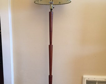 Mid Century Modern Teak Floor Lamp with Fibreglass Lamp Shade.