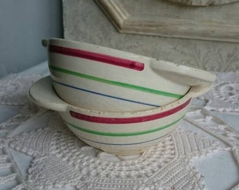 Vintage Gien Café au Lait Bowls, Child's French Breakfast Chocolate Bowls, Small Bowls with Handles, Set of 2 Bowls
