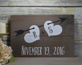 Save the Date Prop-  Save the Date Signs - Wedding Date Sign - Rustic Wedding Decor -  Engagement Photo Prop - Wedding Signage
