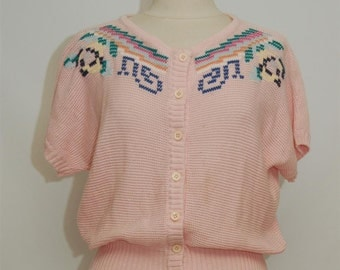 pink short sleeved cardigan with embroidery detail-size L