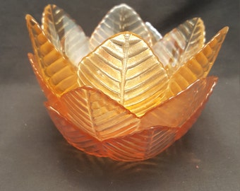 Set of 3 Vintage Glass Textured Leaf Bowls Pink Yellow