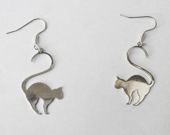 cat earrings, silver earrings dangle, charm earrings cat, sterling silver earrings, Handmade silver jewelry, animal earrings, Three Snails
