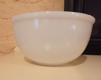 Fire King Solid Milk Glass Mixing Bowl
