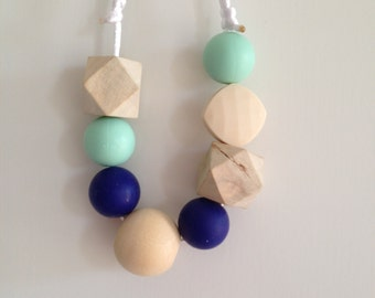 Eedie Necklace FORGET ME NOT - Silicone and Wood Teething Necklace
