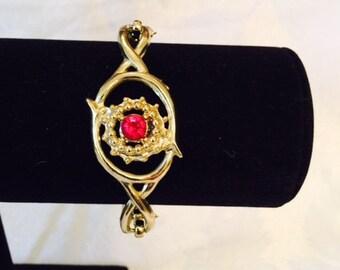 Vintage Link Bracelet w/Ruby Simulate Stone