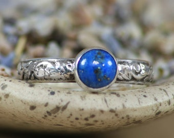 Size 6 - Lapis Lazuli Bezel-Set Solitaire Floral Band In Sterling - Silver Tendril and Vine Promise - Gift For Her - Ready To Ship