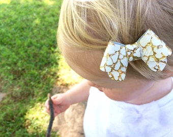 """Crackle gold leather """"Helen"""" bow - small - headband - alligator clip"""