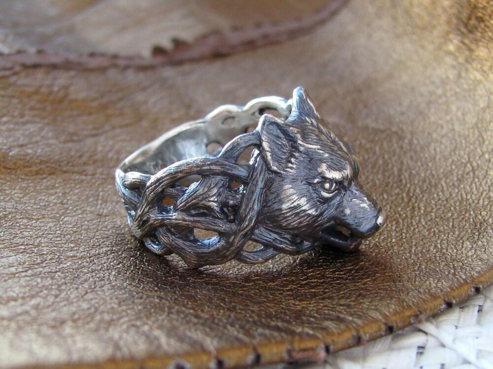Wolf Ring.Silver Wolf Ring.Fenrir Ring.Animal Ring.Wolf