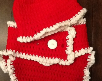 Crochet Mrs. Claus diaper cover and hat set