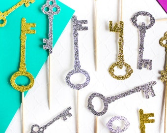 12 Housewarming Party Cupcake Toppers // Key Cupcake Toppers // Housewarming Party Decoration // Glitter Keys // New Home Decor // New Home