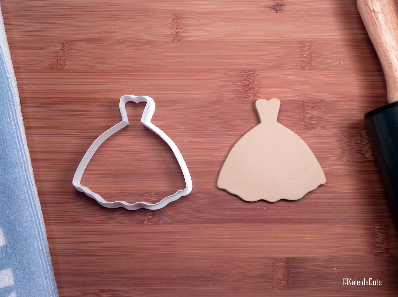 Princess wedding dress cookie cutter wedding cookie cutter for Wedding dress cookie cutters