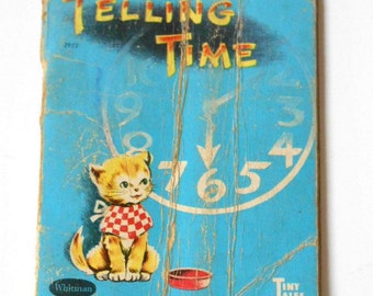VINTAGE miniature 50s Book Whitman Tiny Tales Telling Time learning teaching kitten story kids picture book pocket