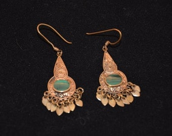 Pierced Gold Tone Earrings... Green  Stone       J8