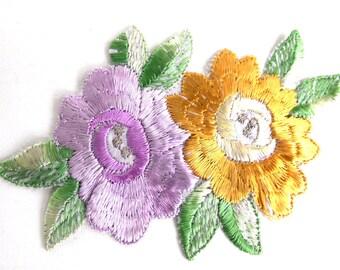 Applique, Flower applique, 1930s vintage embroidered applique. Vintage floral patch, sewing supply. #646GD2K8