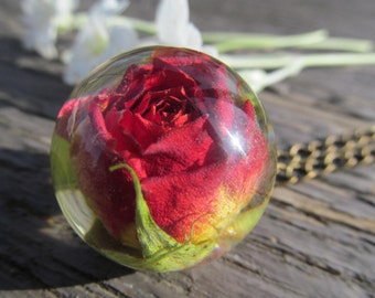 Resin necklace, nature pendant, resin jewelry, resin pendant, red rose, rosebud necklace, Real flower necklace, resin ball, Dry flower