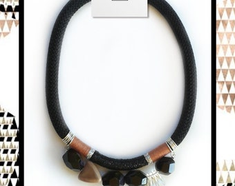 rope necklace with black stones