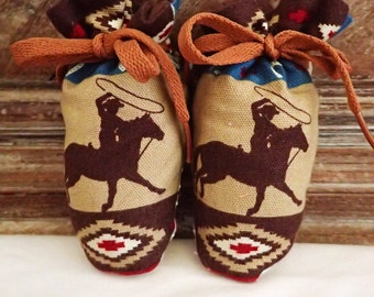 Itty Bitty Baby Booties- The Rodeo