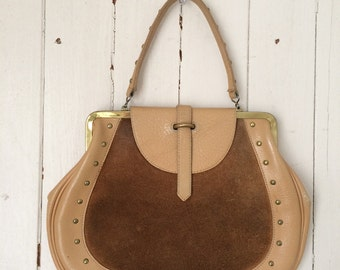 VINTAGE 60s ROGER VAN S. tan pebbled leather studded purse
