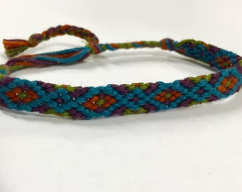 Zig Zag pattern friendship bracelet, custom made