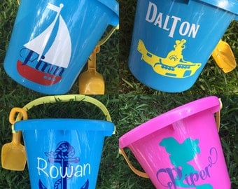 "Personalized Decal, Childs Sand Pail 6"" Decal with Name, Personalized Decal, Vinyl Decal, Sand Bucket Sticker"