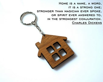 Wooden Cute Home Shaped Keychain Personalized House Keychain Wood Lodge Gift Oak Carved Unique Keyring Custom Laser Cutted Etched Gift