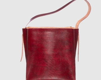 Block Tote in Red