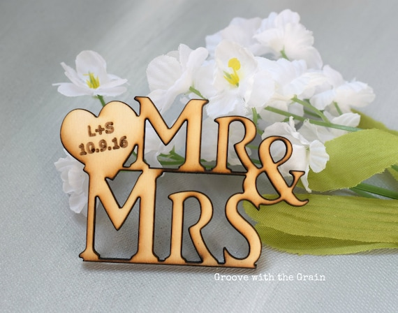 Items similar to Personalized wedding decor, cup cake ...