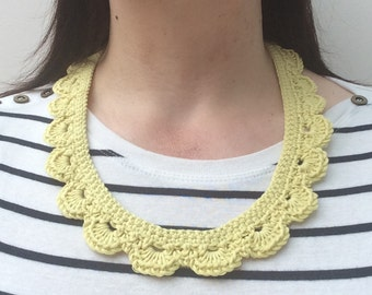 Crochet collar necklace - neon yellow