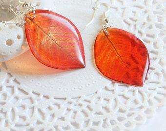 Red earrings for girl Leaves earrings for women gift ideas for her Woodland earrings Nature jewelry Unusual earrings Gardening gift for her