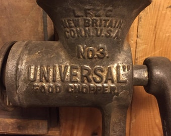 Vintage Universal, Meat Grinder, Food Chopper,  Farmhouse, industrial, Cast Iron, Farmhouse Look, Rustic, Rustic Farmhouse, Vintage Kitchen.