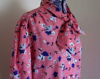 1980s polyester shirt, bow tie collar, pink floral print size UK 18/20
