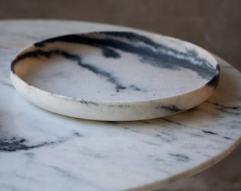 White marble platter, decorative trays, home decor, natural marble objects, marble accessories, handcrafted marble, interior marble design