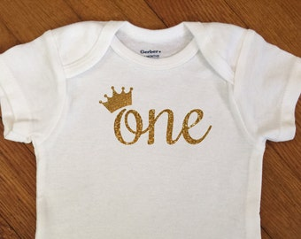SALE! First Birthday Tiara Shirt, 1st Birthday Outfit, Glitter One Princess Crown Bodysuit, First Birthday Onesie®, 2nd Birthday, Party