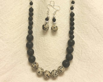 Appaloosa necklace set
