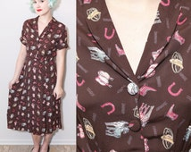 1940's Style Cowgirl Horse Novelty Print Rayon Shirt Dress / Small & Medium