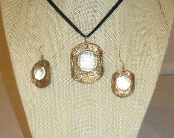 Broze pendant and earrings
