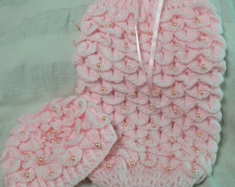 Stunning Handmade Crochet Pink Sparkly Baby Girls Crocodile Stitch Beaded Cocoon With Matching Hat  Size Newborn