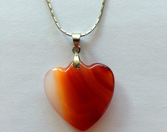 Handmade vintage Pendant Necklace--Natural Agate