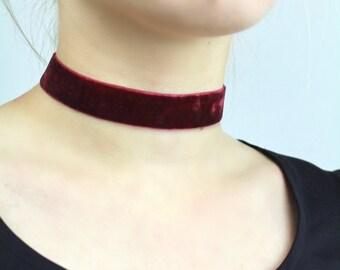 Velvet Dark Red Medium Choker - TinyLittlePiecesShop