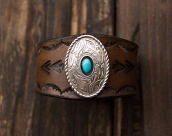 Turquoise Leather Bracelet, Turquoise Leather Cuff, Southwest Leather Cuff, Boho Leather Bracelet, Native American Bracelet, Boho Cuff