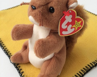 Nuts the Squirrel  Ty Beanie Baby Collection