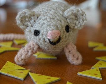 Amigurumi Mouse - crocheted mouse, stuffed mouse, plushy, toy mouse, birthday present, grey mouse, cat toy